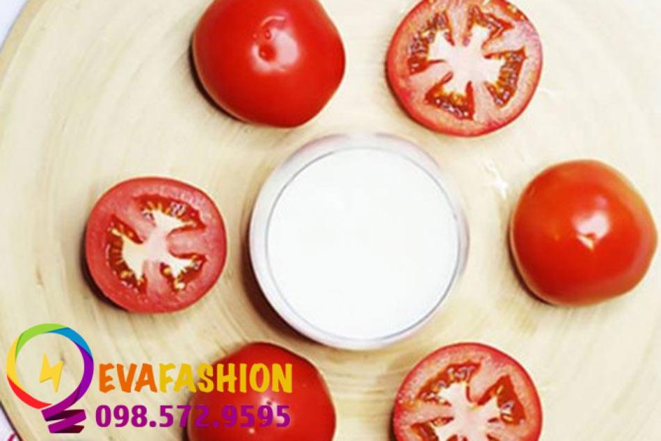 Hình ảnh đắt mặt bằng nước vo gạo và cà chua