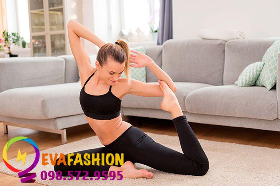 Làm thon bắp chân bằng yoga