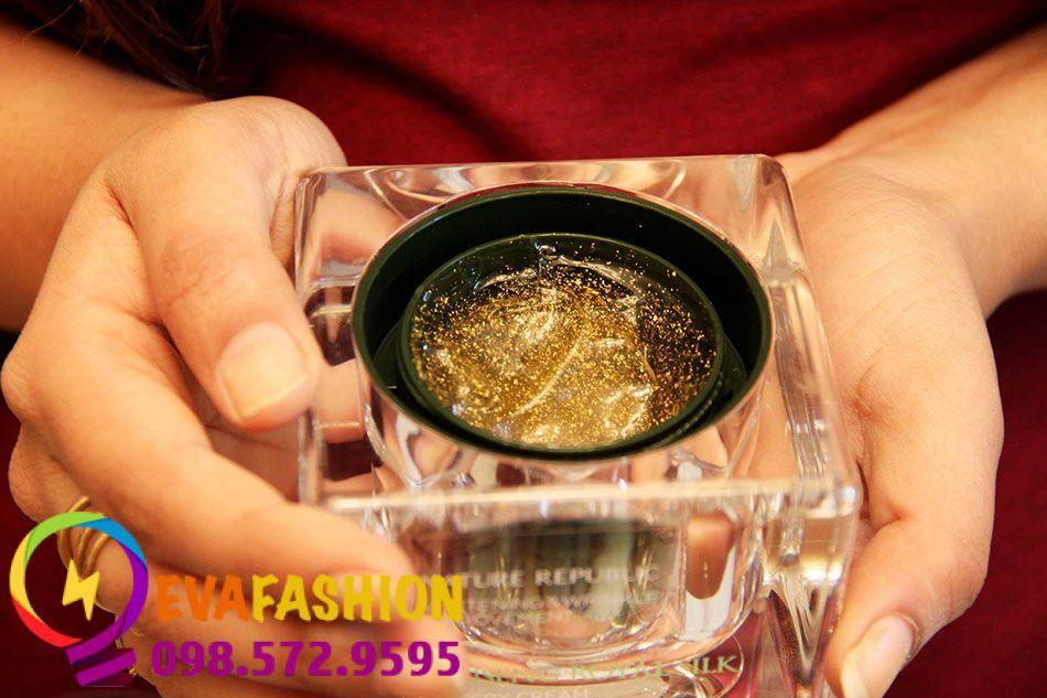 Nên thận trong khi mua sản phẩm Nature Republic Ginseng Royal Silk Watery Cream để tránh mua phải hàng giả.