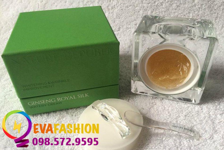 Sử dụng Nature Republic Ginseng Royal Silk Watery Cream đều đặn 2 lần sáng - tối