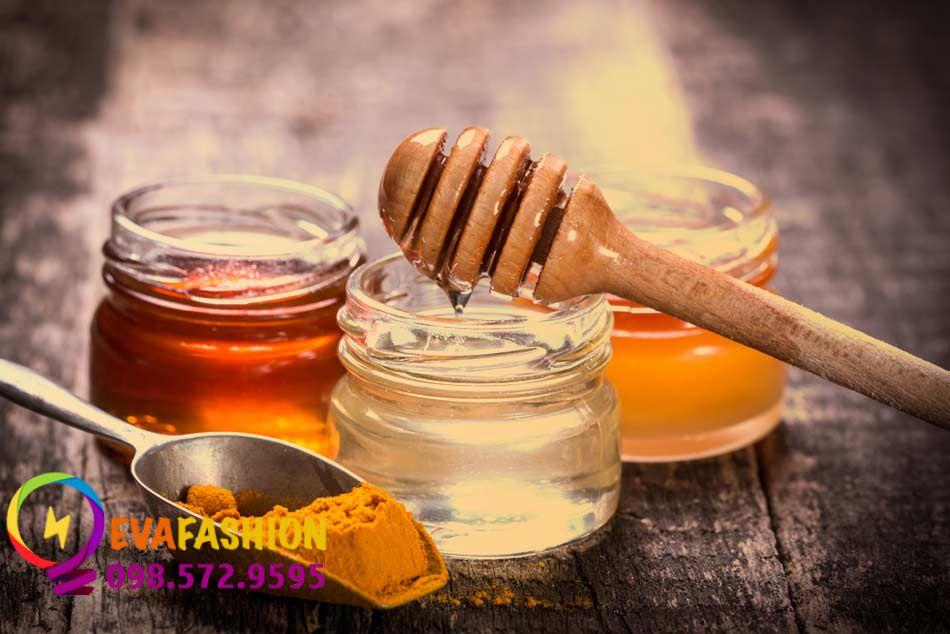 Cách trị thâm mụn đơn giản bằng nghệ tươi và mật ong nguyên chất